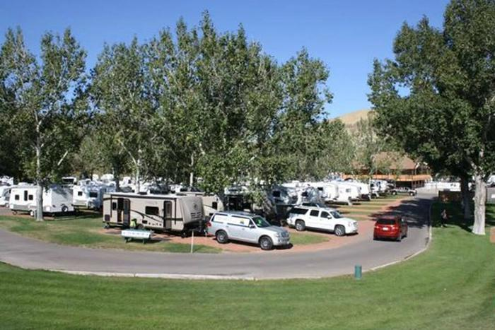 bridgeview-rv-resort,-lethbridge.jpg